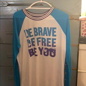 Frozen long sleeve t-shirt size XL NWT